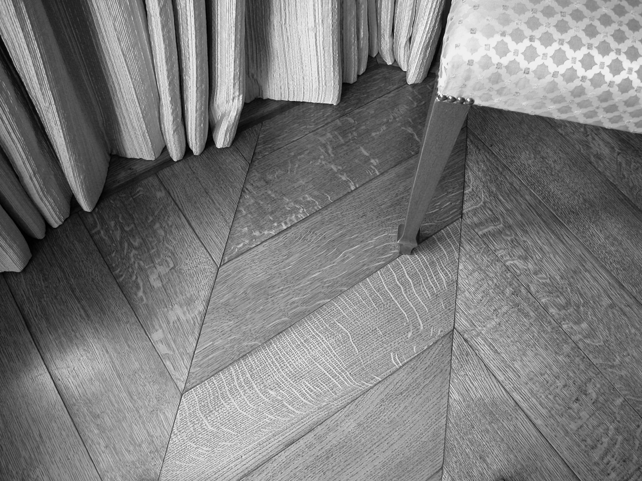Wooden flooring, New Quartersawn Oak Chevrons